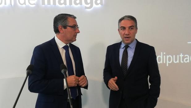 Bendodo junto a Francisco Salado, presidente en funciones de la Diputación de Málaga.