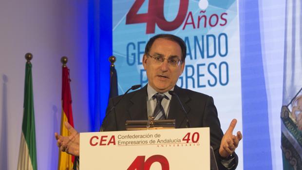 Javier González de Lara durante su intervención en el aniversario de CEA