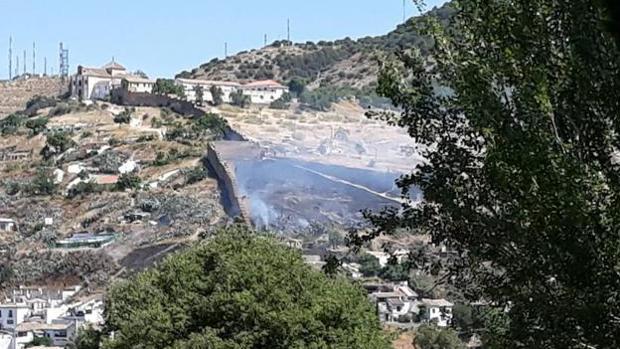 El incendio se ha detectado sobre las 11 de la mañana en el Cerro de San Miguel Alto