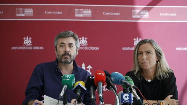 Miguel Ángel Torrico, delegado de Presidencia, y la teniente de alcalde, Isabel Albás