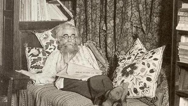 Ramón María de Valle-Inclán nunca llevó bien que le diera el Nobel a José Echegaray