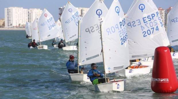 El Europeo de Optimist se celebrará en la Bahía de Cádiz en 2021.
