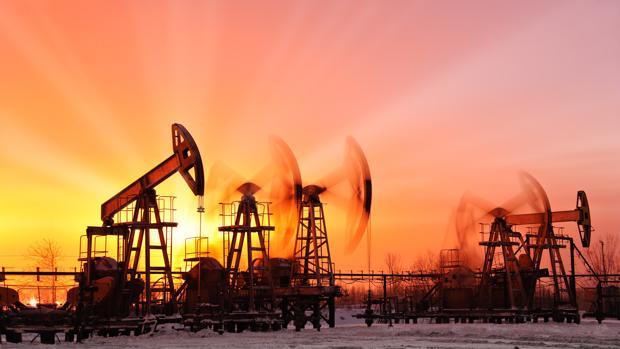 Los carburantes subirán este año por el alza del petróleo