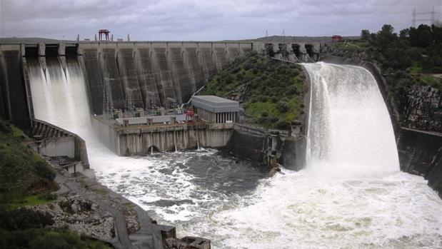 Central hidroeléctrica José María Oriol, de Iberdrola