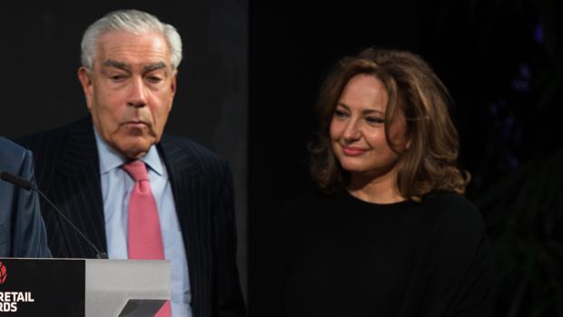 Marta Álvarez Guil, próxima presidenta de El Corte Inglés (dcha)