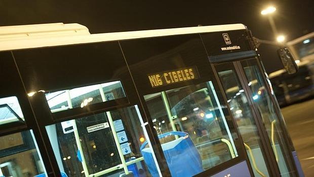 Un autobús nocturno N-16