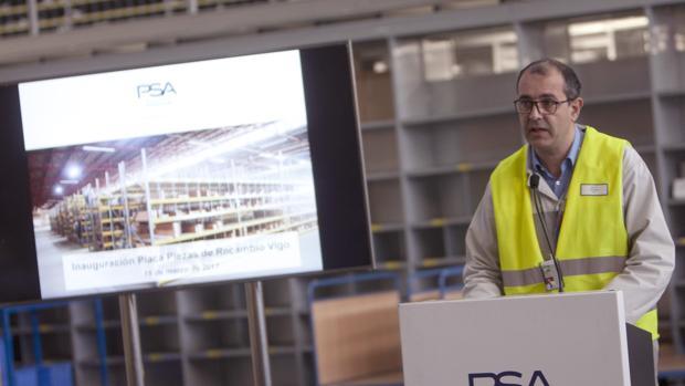 Frédéric Puech, director de la factoría de Balaídos, durante la presentación del nuevo servicio