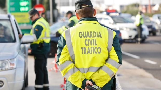 Un control de tráfico, en una foto de archivo