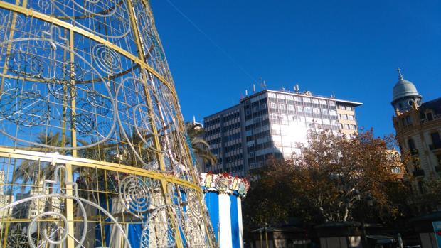 Imagen tomada este lunes en la plaza del Ayuntamiento de Valencia