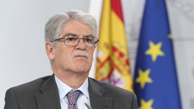El ministro de Asuntos Exteriores, Alfonso Dastis, este viernes durante la rueda de prensa del Consejo de Ministros