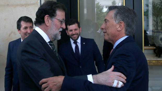 El presidente del Gobierno, al llegar a Buenos Aires, el lunes por la noche