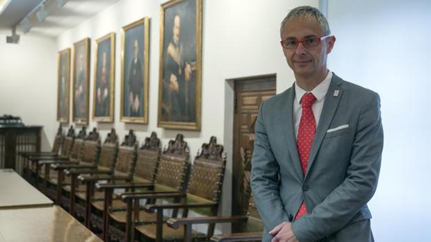 El rector de la Universidad de Salamanca, Ricardo Rivero