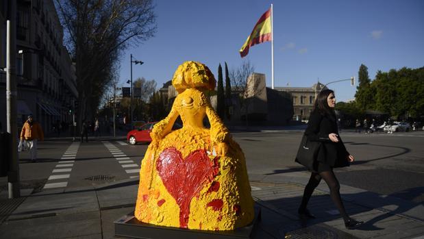 Una de las meninas expuestas en la Plaza de Colón, en Madrid