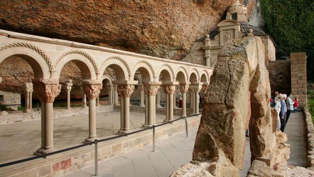 San Juan de la Peña, panteón real ligado íntimamente a los orígenes de la Corona de Aragón