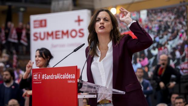 Imagen de la socialista Sandra Gómez tomada durante su proclamación como candidata a la Alcaldía de Valencia