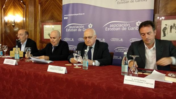Carlos Urquijo, Juan Pablo González, Javier Zarzalejos y Daniel Portero