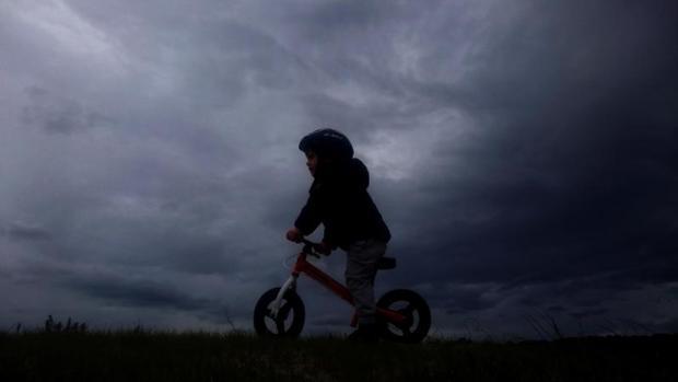 Las nubes negras anunciaban ayer la lluvia en el municipio coruñés de Pontedeume