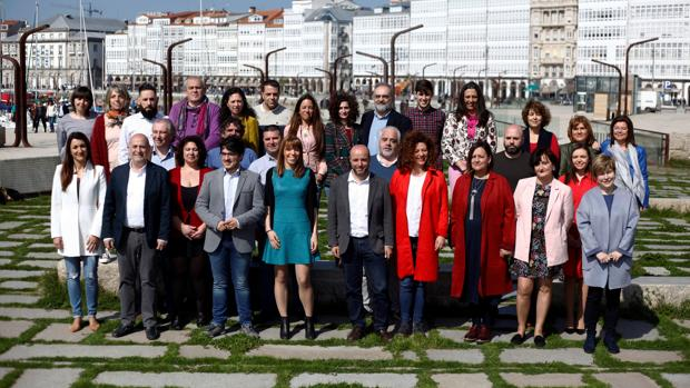 Los candidatos de En Marea al 28-A, ayer en La Coruña