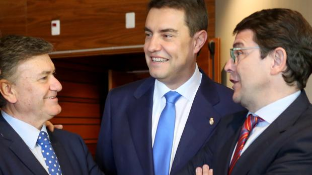 Francisco Vázquez, Ángel Ibáñez y Alfonso Fernández Mañueco
