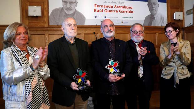 Consuelo Ordóñez, Raúl Guerra, Fernando Aramburu, Fernando Savater y Maite Pagaza