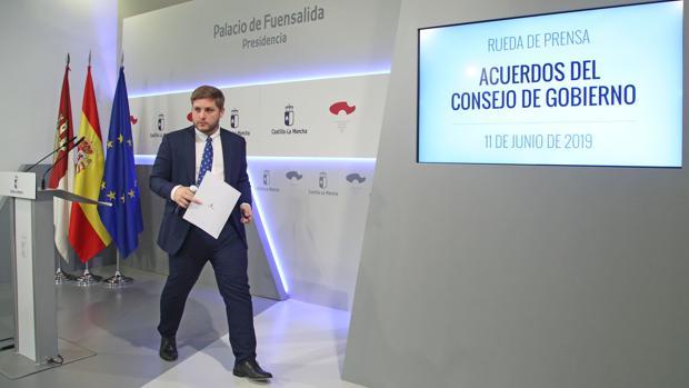 El portavoz del Gobierno de Castilla-La Mancha, Nacho Hernando, al finalizar la rueda de prensa
