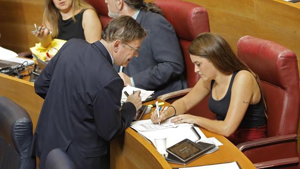 Ximo Puig y Mireia Mollà, en las Cortes Valencianas