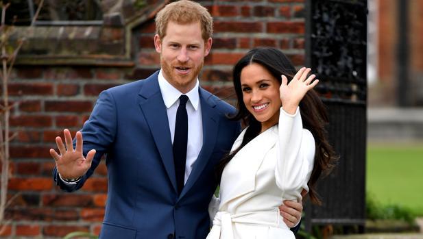El príncipe Harry y Meghan Markle en el anuncio de su compromiso
