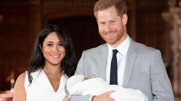 Los duques de Sussex junto a su hijo Archie