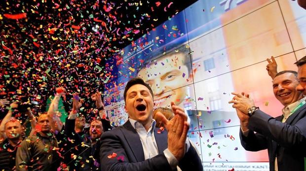 Volodímir Zelenski, tras conocer el resultado de las elecciones ayer en Ucrania que le daban como vencedor