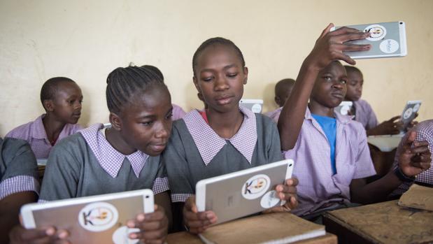 Alumnas de un colegio de Kenia