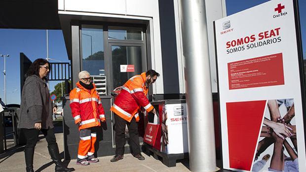2,3 toneladas de comida han donado Seat y sus trabajadores a la Cruz Roja Española