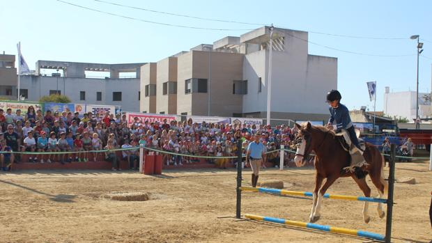 Los escolares fueron los protagonistas en la jornada de este pasado viernes en la «Pará» de Gines