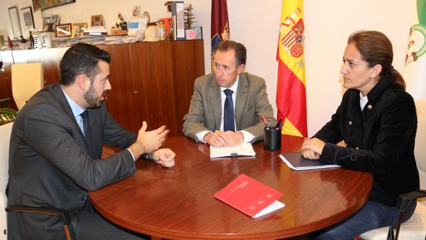 Encuentro con el nuevo director del hotel Vincci Costa Golf, Enrique Martín-Aragón.