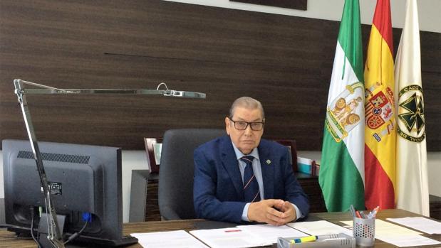 El doctor Ángel Rodríguez Brioso.