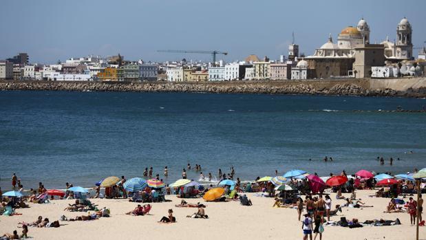 El tiempo en Cádiz seguirá estando marcado por el poniente.