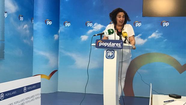 La portavoz popular, Carmen Sánchez, durante la rueda de prensa.