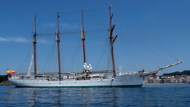 El Juan Sebastián Elcano, buque escuela de la Armada Española.
