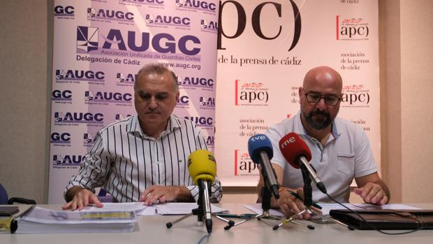 Alberto Moya (izq) y José Encinas (der) durante la rueda de prensa.