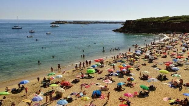 La costa de Cádiz espera una gran afluencia de bañistas el fin de semana