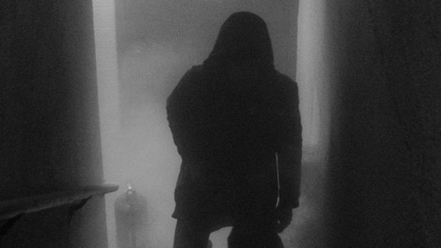 La «sombra» parece que tenía que ver con la familia pues en las pruebas llama varias veces a sus miembros