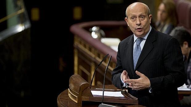El anterior ministro de Educación, José Antonio Wert, durante la votación de la Lomce en el Congreso en octubre de 2010