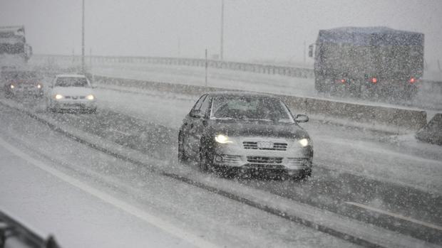 Fomento ha puesto en marcha un dispositivo para evitar el colapso en las carreteras