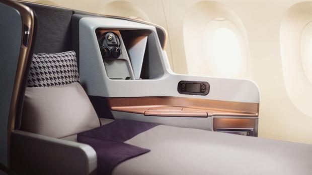 Un asiento con cama en el Airbus A350-900ULR